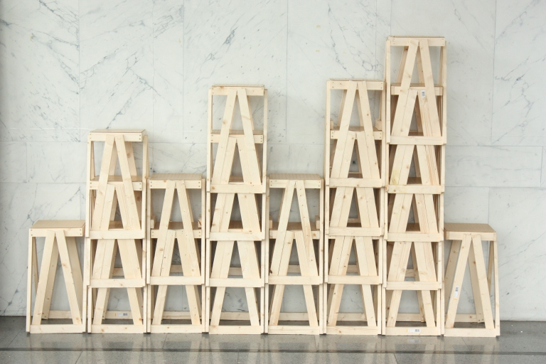 stools stacking